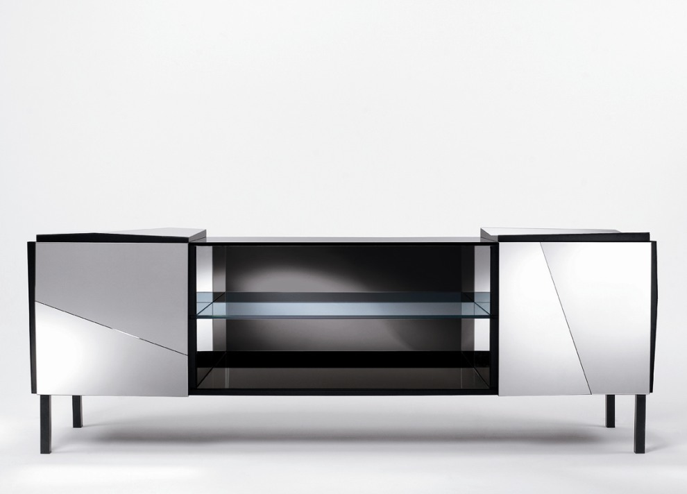 Mirrored Tv Unit From Boutique